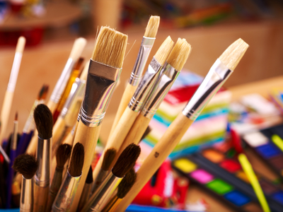 Essential Crafting Tools for DIY Decorations