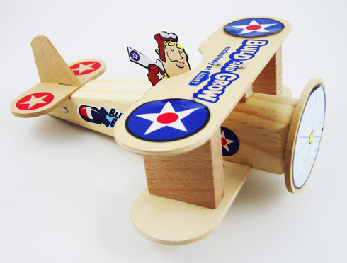 Free Lowe's Build & Grow Clinic: Biplane