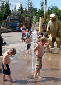 Kids playing in the fountains at the Minnesota Zoo
