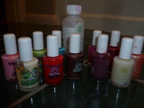 Water-based nail polishes and polish remover