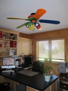 How to Paint a Ceiling Fan: Before