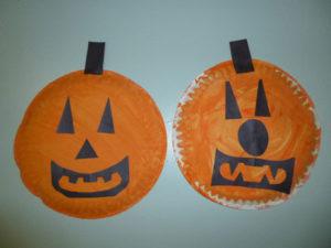 Halloween Paper Plate Pumpkins