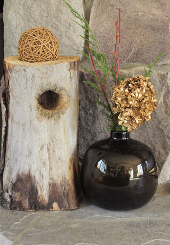 Simple and Elegant Holiday Decor Using Nature
