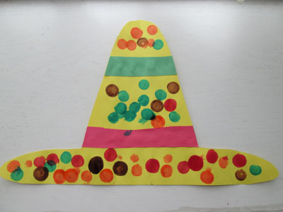 Five Spring Dot Marker Art Projects: Cinco de Mayo Sombrero