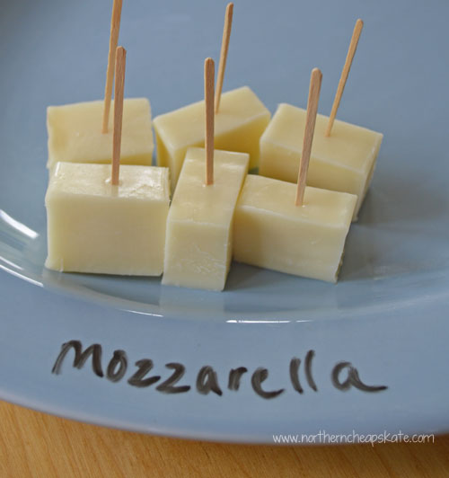 Use Dry Erase Markers to Label Food Items on a Plate