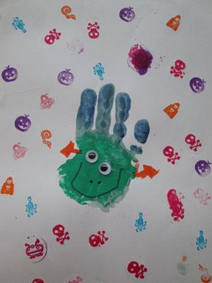 Halloween Hand Print Crafts: Hand Print Frankenstein