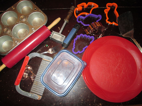 A Thrifty Mom's Guide to Play Dough: Tools and Toys
