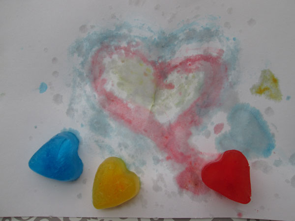 5 Simple Heart Valentine Ideas You Will Love: Frozen Heart Paints