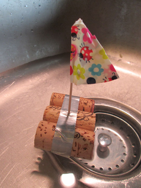 Craft with wine corks: Wine Cork Sail Boat