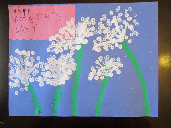 Easy Kid Projects for Mother's Day: Q-Tip Dandelions