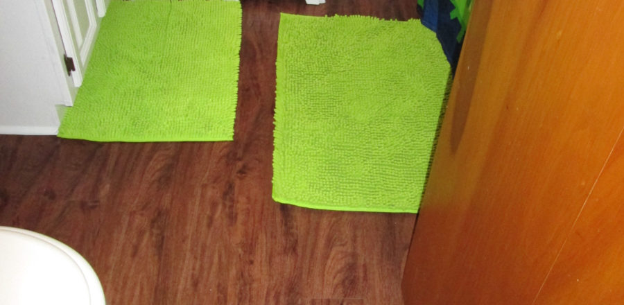 DIY Inexpensive and Easy Bathroom Floor Install