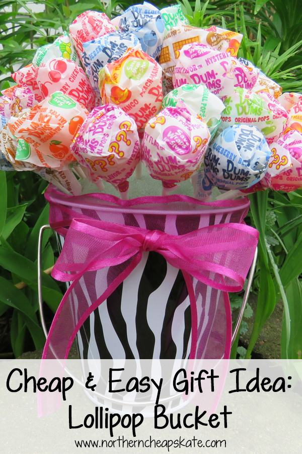 Cheap and Easy Gift Idea: Lollipop Bucket